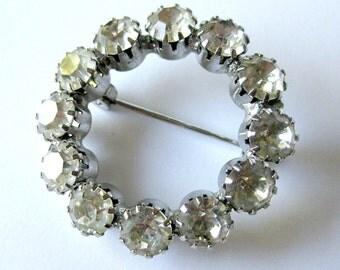 Vintage 50s 60s Sparkling Silver Rhinestone Round Circle Brooch Pin / Valentine Gift