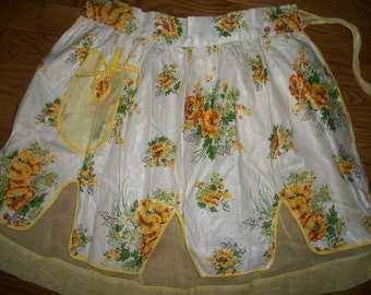 Vintage 50s 60s yellow floral lawn reversible apron TLC