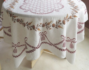 Vintage Embroidered Linen Tablecloth and 6 Napkins Autumn Colors