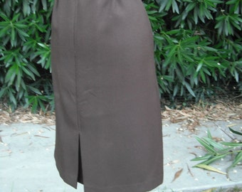 Vintage 1970s Skirt / CHOCOLATE BROWN  Poly Knit Skirt by College Town / 24 waist, size 5/6