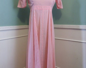 Vintage Pink Gingham Maxi Dress. Summer Poolside Lounge Day Dress Puff SLeeves. Size Sm