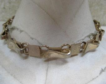 Shabby Modern Gold Necklace Choker Vintage