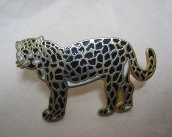 Leopard Cat Brooch Tie Tack Pin Gold Enamel Vintage