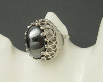 Vintage Ring Domed Tall Hematite Gray Coventry Costume Jewelry R5834