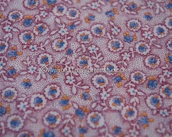 Charming Blue Floral- Vintage Fabric Adorable Flowers Juvenile Quilt Roses Daisies 36 in wide 30s 40s
