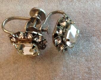Vintage Coro Rhinestone Screwback earrings