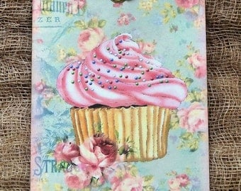 Pink Cupcake Gift or Scrapbook Tags or Magnet #101