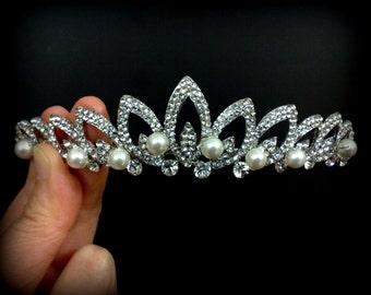 Leaves Bridal Crown, Wedding Tiara, Bridal Headpiece, Wedding Headpiece, Crystal Pearl Bridal Tiara, Bridal Hair Jewelry, MARQUISE Tiara