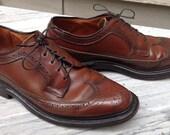 VINTAGE CAVALIER WINGTIPS Mens Shoes Brown Size 8 Longwings