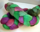 Roving, Combed Top, Spinning fiber, Falkland Hand dyed in African Violets 4 oz braid green, Violet , purple
