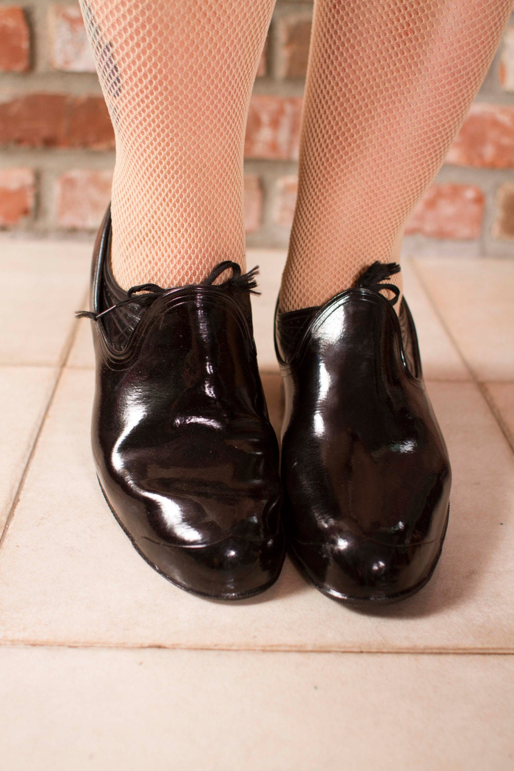 vintage 1940s shoe covers rubber overshoe boots with