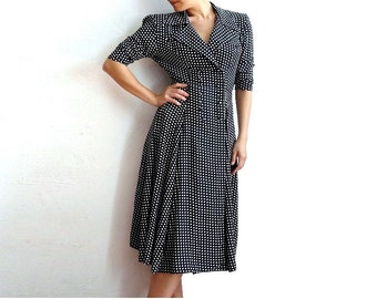 EUREKA Frech Vintage Black and White Checkered Double Breasted 80s Viscose Dress