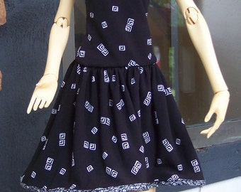 Black and White Sundress with Matching Head Scarf for Fin, 64 cm BJDs, SD16
