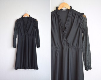 SALE / vintage '70s/'80s black wrap midi dress with RUFFLE trim & sheer EYELET sleeves. size m.