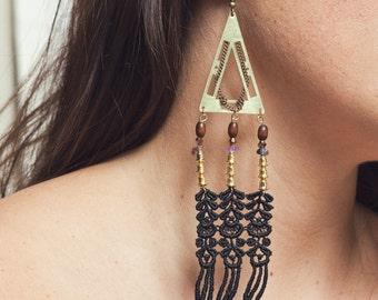 Lace earrings - ARYA - Black lace with brass, amethyst and exotic beads