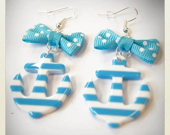 Old School plastic Pin Up- style striped Anchor Earrings, light blue