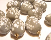 40% OFF SALE -- DESTASH - Six (6) Very Large Gray and White Spotted Vintage Glass Pebble Beads - Lot E