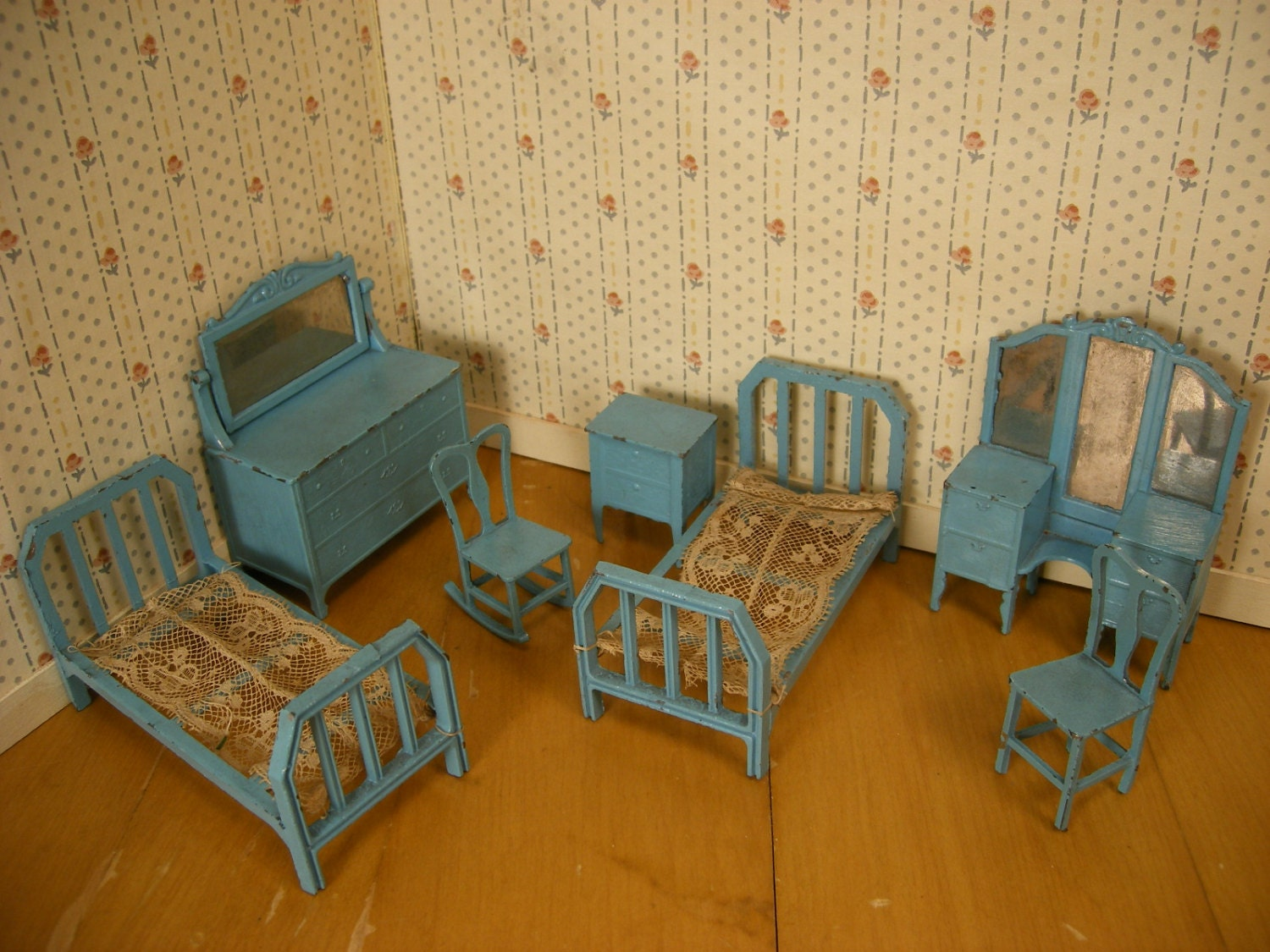Tootsie Toy Dollhouse Furniture 7 Piece Bedroom Set In Blue