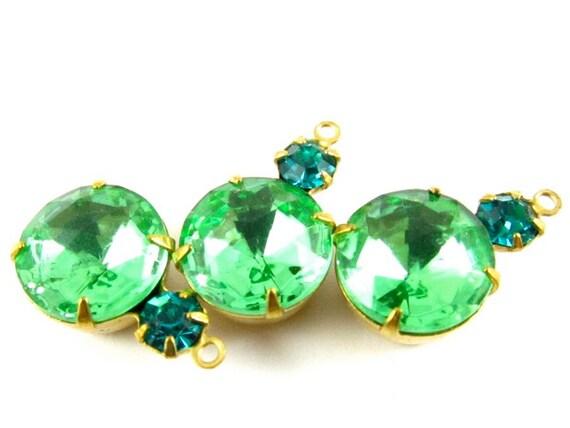 2 - Vintage Round Swarovski Crystal Rhinestones in 1 Ring 2 Stones Brass Prong Settings - Zircon Blue & Peridot - 18x11mm