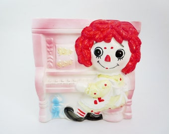 Vintage Raggedy Ann Planter  - Raggedy Ann playing the Piano planter made in Japan 1970s