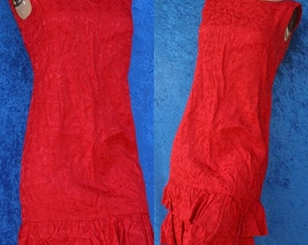 Vintage 60s 1960s Red Sleeveless Tiered Ruffled Mad Men Jacquard Mini Cocktail Party Dress