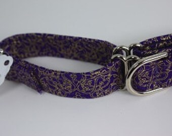 Small martingale collar purple with gold filigree