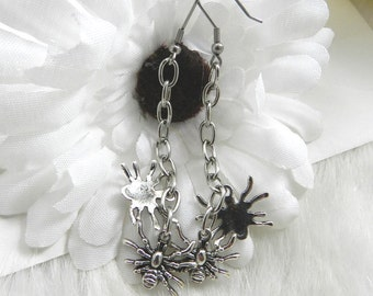 Creepy Crawly Spider Earrings, Dangles, Halloween, Stainless Steel Earwires, Silver Metal, Goth