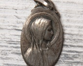 Oval Virgin Mary medal - French vintage medal - Our Lady medal
