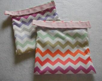 Eco Friendly Sandwich Bags Set made of EcoPUL-Pastel Colored Chevron Print