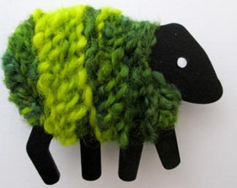LizzyC Sheep Fridge Magnet - Greengrass