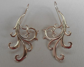 Bali Sterling Silver Earrings / silver 925 / Balinese handmade jewelry / floral design / 2.35 inches long