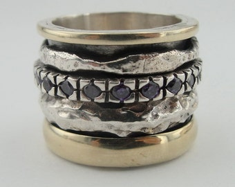 Great 9k Yellow Gold and Sterling Silver Band Ring size 9 ( d r1205h)