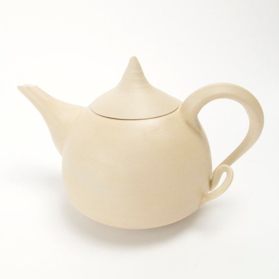 a wOnderful teapot in the series of the poetry ordinary things