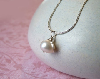 Elegant Single Pearl Necklace - Silver Chain, White Pearl Pendant   Handcrafted Jewelry