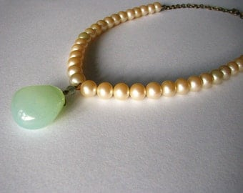 Pearl and Chalcedony Necklace - Sea Foam Green - Adjustable