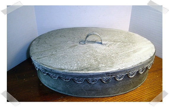 Galvanized metal scalloped oval container craft for Galvanized metal sheets for crafts