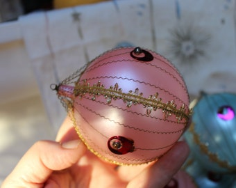 Glass Christmas Ornament Italy Large Pastel Wire wrapped VINTAGE tree ONE VINTAGE by Plantdreaming