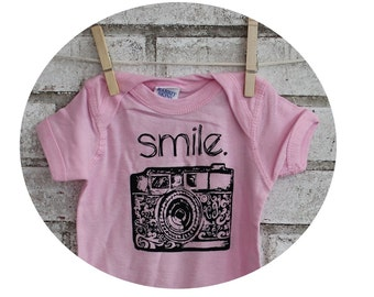 Camera Infant Creeper, Vintage 35 MM Camera Baby Bodysuit, Cottln, Light Pink, Photographer, Shower Gift, Little Girl, Hand Printed Top