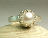 Sterling Silver Pearl Ring, Everyday Jewelry, Fancy Crown Setting, Alternative Wedding Ring