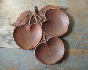 Beautiful Vintage Syroco Peach Tree Branch Tray with Peaches and Leaves