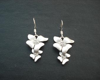 Bridesmaid Earrings, Silver Earrings,  matte flower earrings - sterling silver ear wires, bridesmaid gift, Wedding Gift,  Birthday Gift