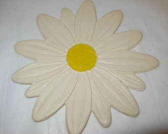 Daisy Vintage Coaster Set of 4 with Original Box