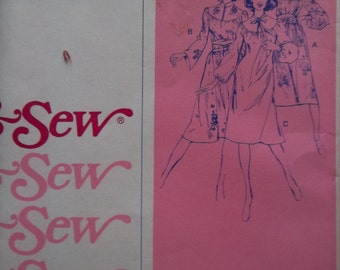 SALE - Vintage - Stretch & Sew Pattern No. 1585 - Chemise Dress - Size 28-42 - Uncut - Ann Person - Loose Fitting