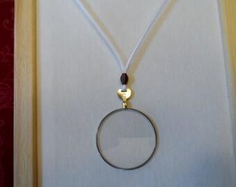 Ribbon Monocle Pendant
