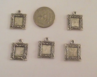 Set of 5 Silver tone square frames for jewelry