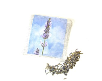 Lavender sachet, organic sachet, linen sachet gift, drawer freshener, herbal aromatherapy, Summer home decor, linen lavender pillow