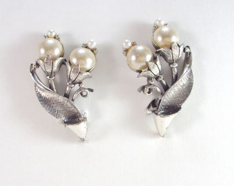 Designer Earrings, Pearls and Silver Tone, Clip On, Vintage, Tortolani