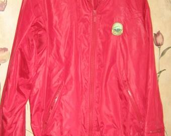 vintage 80s Izod      red nylon mens golf jacket   size med