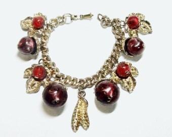 Vintage Charm Bracelet Acorns Berries & Leaves CIRCA 1950