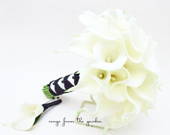 Ready to Ship - Real Touch Calla Lily Bridal Bouquet Groom's Boutonniere in Black and White - Customize For Your Wedding Flower Colors